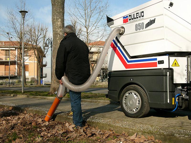 Dulevo-850-Macchina spazzatrice stradalecon motore diesel